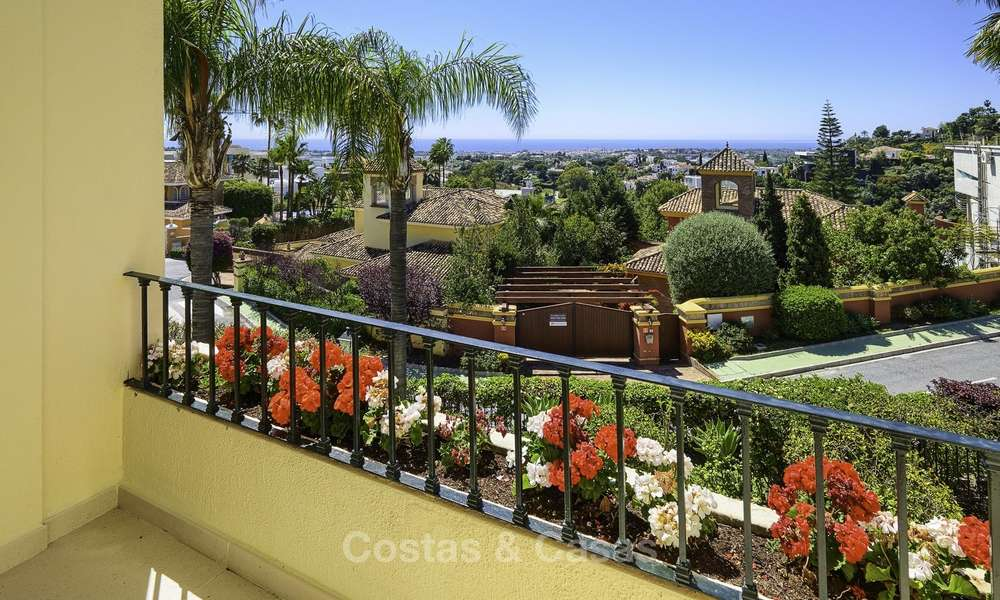 Charming, fully refurbished townhouse with sea and mountain views for sale, in a prestigious golf resort, Benahavis, Marbella 12214