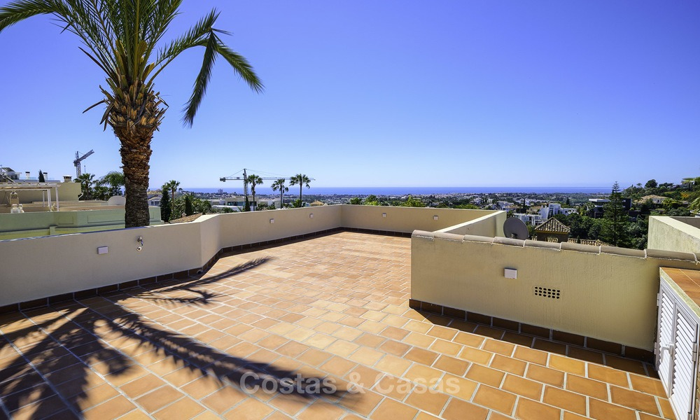 Charming, fully refurbished townhouse with sea and mountain views for sale, in a prestigious golf resort, Benahavis, Marbella 12215