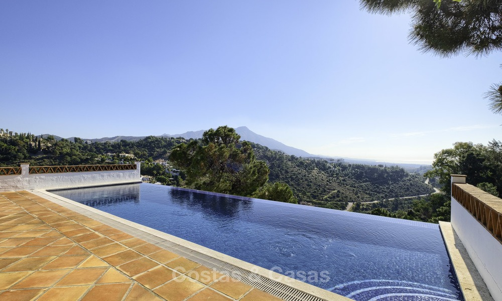Charming traditional style villa with sea and mountain views for sale in El Madroñal, Benahavis, Marbella 12633