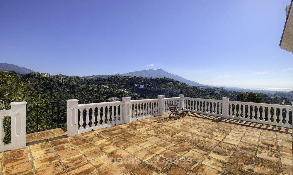 Charming traditional style villa with sea and mountain views for sale in El Madroñal, Benahavis, Marbella 12637