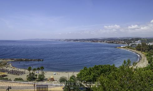 Fully renovated top floor apartment with sea views for sale near the marina of Estepona 12797
