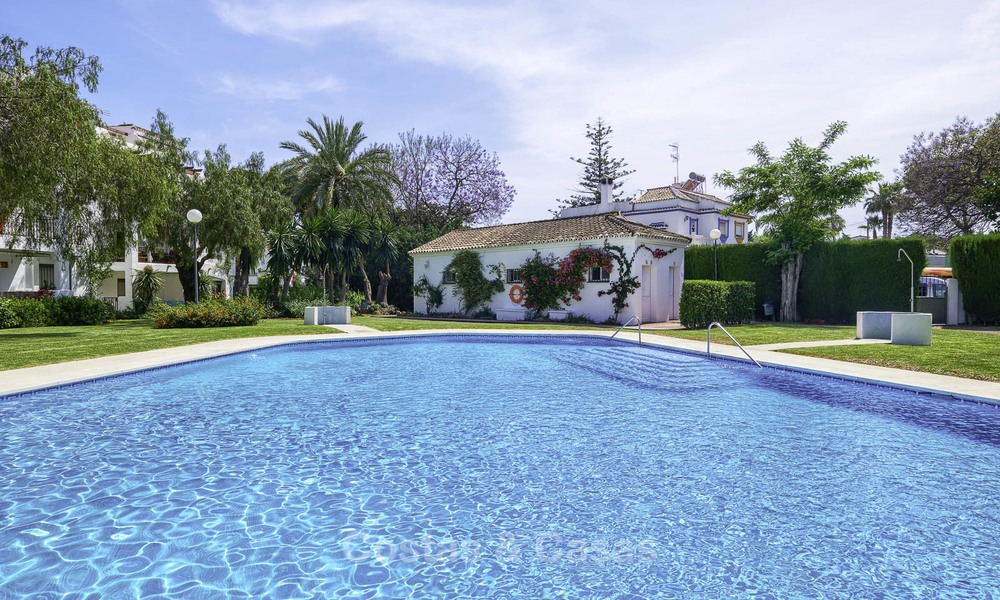 Fully renovated beachside penthouse apartment for sale on the New Golden Mile, between Estepona and Marbella 12810