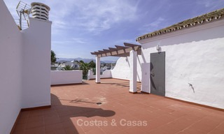 Fully renovated beachside penthouse apartment for sale on the New Golden Mile, between Estepona and Marbella 12836