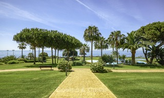 Nice frontline beach apartment with outstanding sea views for sale in a high standard complex, Cabopino, Marbella 12980