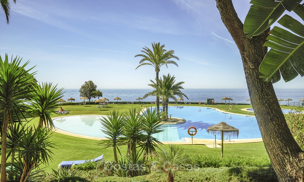 Nice frontline beach apartment with outstanding sea views for sale in a high standard complex, Cabopino, Marbella 12982
