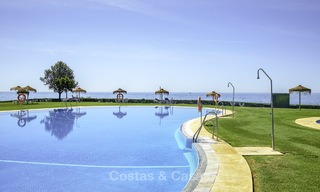Nice frontline beach apartment with outstanding sea views for sale in a high standard complex, Cabopino, Marbella 12984