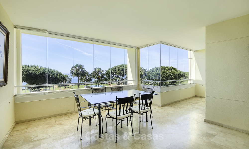 Nice frontline beach apartment with outstanding sea views for sale in a high standard complex, Cabopino, Marbella 12991