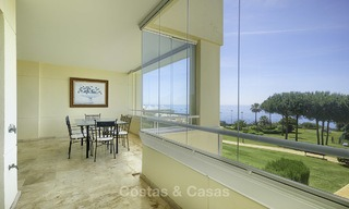 Nice frontline beach apartment with outstanding sea views for sale in a high standard complex, Cabopino, Marbella 12994