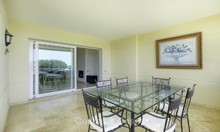 Nice frontline beach apartment with outstanding sea views for sale in a high standard complex, Cabopino, Marbella 12995