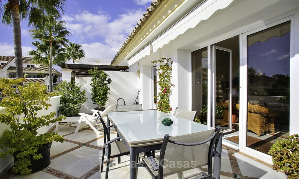 Spacious apartment with panoramic sea views for sale, in a prestigious complex on the Golden Mile, Marbella 13154