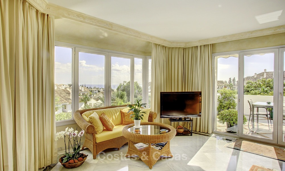 Spacious apartment with panoramic sea views for sale, in a prestigious complex on the Golden Mile, Marbella 13158