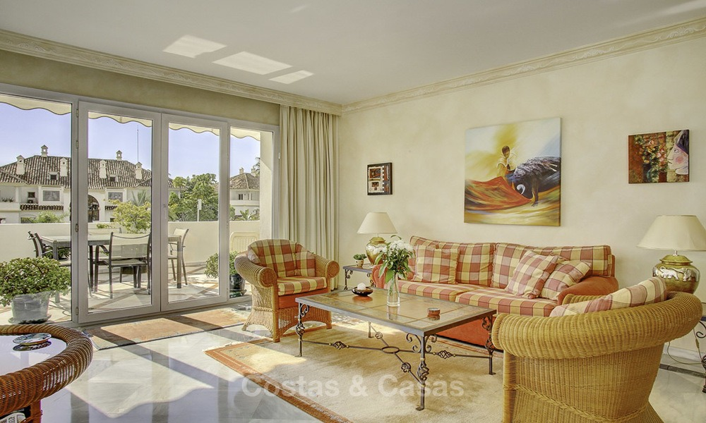 Spacious apartment with panoramic sea views for sale, in a prestigious complex on the Golden Mile, Marbella 13160