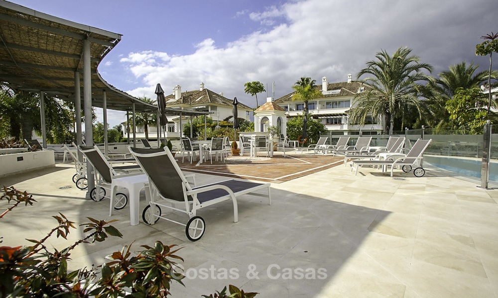 Spacious apartment with panoramic sea views for sale, in a prestigious complex on the Golden Mile, Marbella 13186