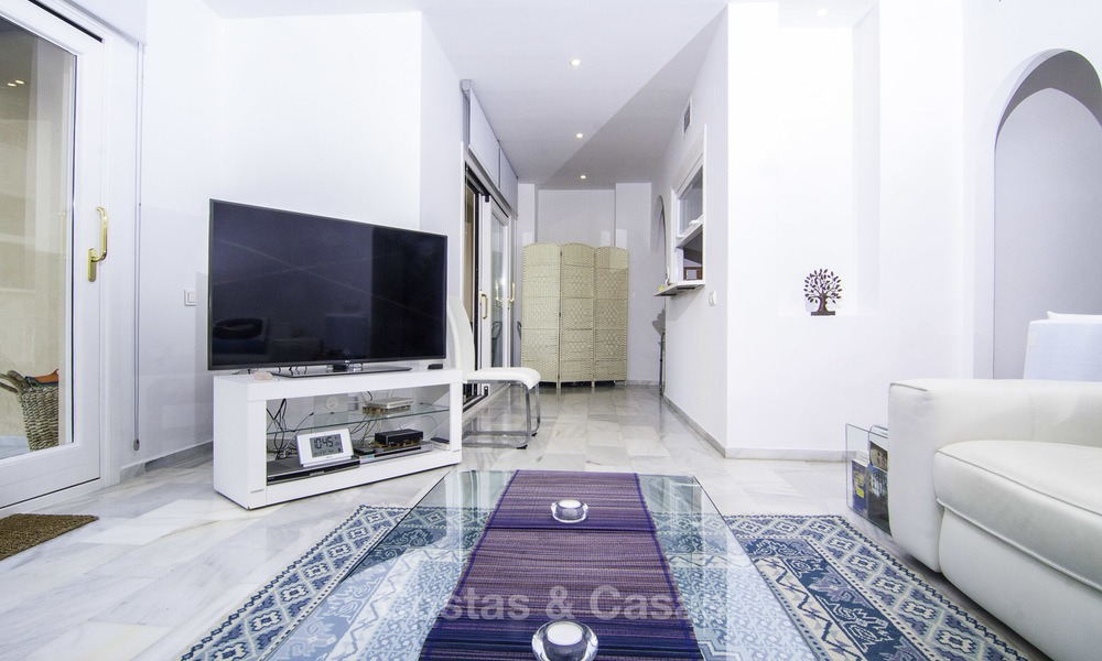 Attractive penthouse apartment with amazing sea views in a frontline beach complex for sale, Puerto Banus, Marbella 13239