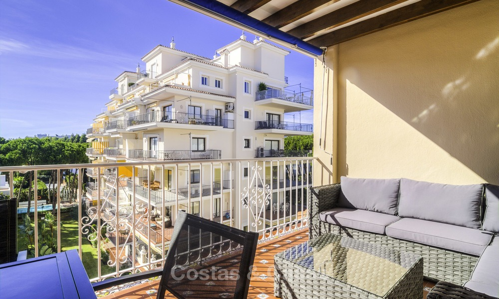 Attractive penthouse apartment with amazing sea views in a frontline beach complex for sale, Puerto Banus, Marbella 13251