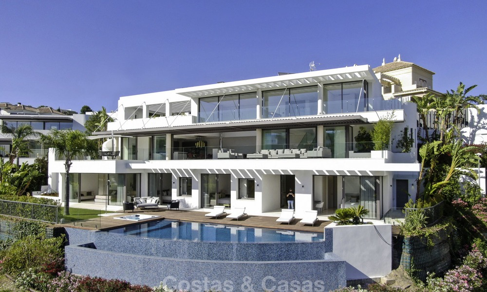 Brand new modern luxury villa with golf and sea views for sale, ready to move into, in a posh golf resort in Nueva Andalucia, Marbella - Benahavis 13311