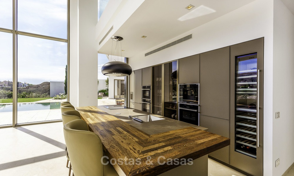 Stunning new modern contemporary luxury villa for sale, frontline golf in an exclusive resort, Benahavis, Marbella 13409