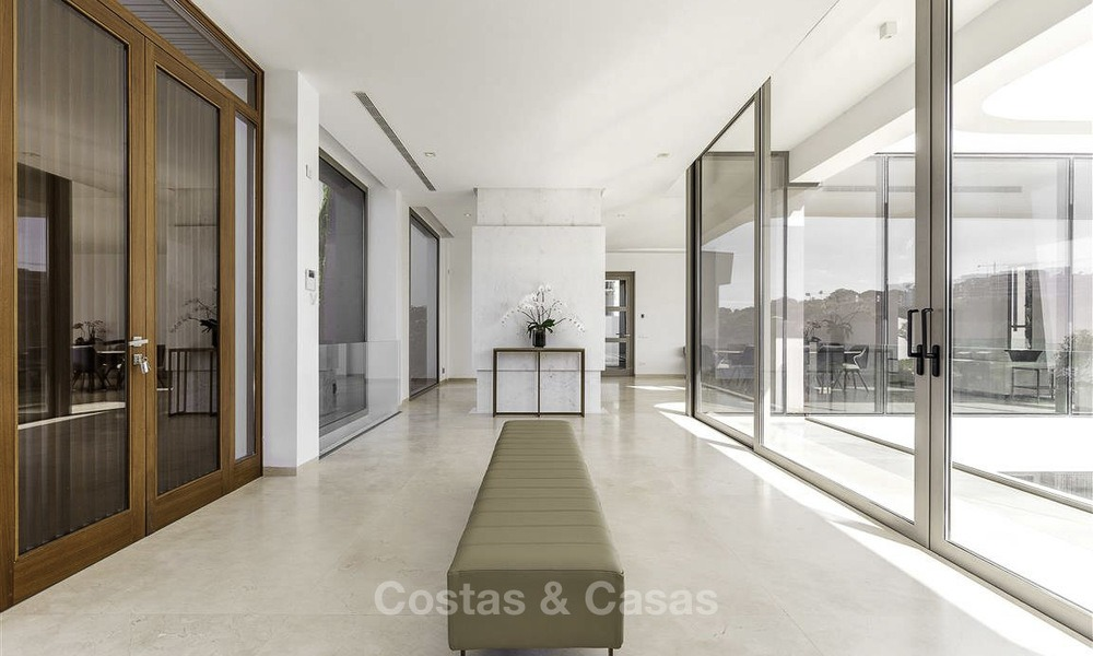 Stunning new modern contemporary luxury villa for sale, frontline golf in an exclusive resort, Benahavis, Marbella 13428