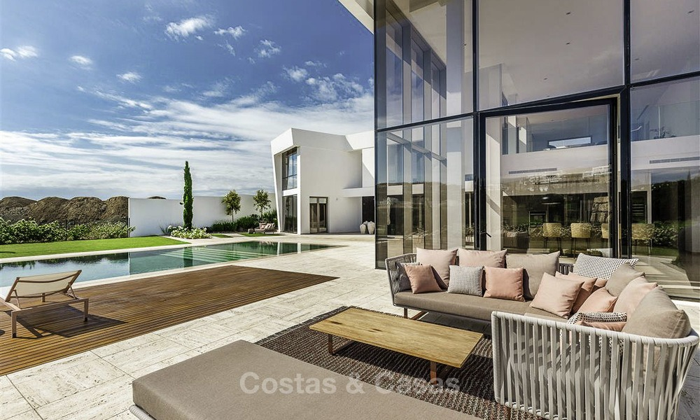Stunning new modern contemporary luxury villa for sale, frontline golf in an exclusive resort, Benahavis, Marbella 13433