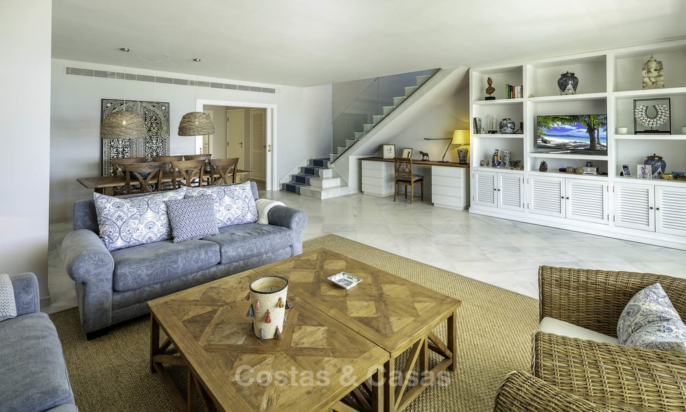 Very luxurious 4 bed penthouse apartment for sale in an exclusive beachfront complex, Puerto Banus, Marbella 13664