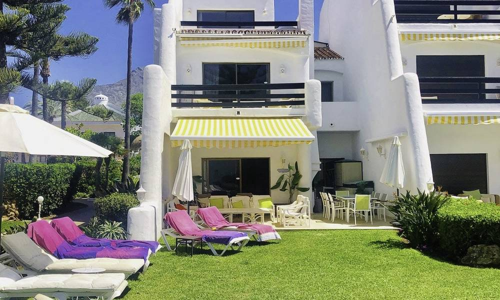 Opportunity: Marvellous frontline beach townhouse with beautiful sea views for sale on the prestigious Golden Mile, Marbella 13708