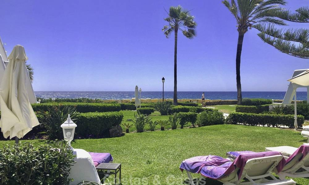 Opportunity: Marvellous frontline beach townhouse with beautiful sea views for sale on the prestigious Golden Mile, Marbella 13709