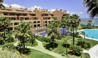 Exceptional luxury beachfront penthouse apartment for sale in a prestigious complex, Puerto Banus, Marbella 13928