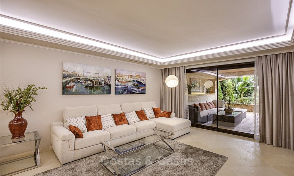 Charming high-end beachside apartment for sale in a stylish urbanisation, between Marbella and Estepona 13911