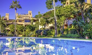 Charming high-end beachside apartment for sale in a stylish urbanisation, between Marbella and Estepona 13915