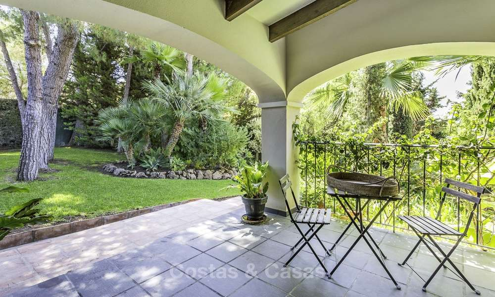 Charming renovated Mediterranean style villa with sea views on a large plot for sale in Benahavis - Marbella 14123
