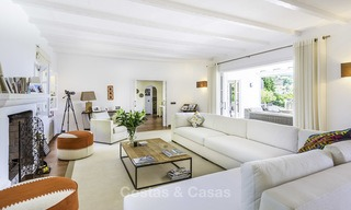 Charming renovated Mediterranean style villa with sea views on a large plot for sale in Benahavis - Marbella 14132