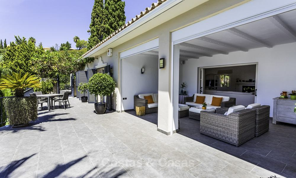 Charming renovated Mediterranean style villa with sea views on a large plot for sale in Benahavis - Marbella 14143