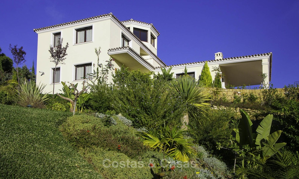 For sale: classical villa with panoramic sea views and guest house in a world class golf resort - Benahavis, Marbella 14162