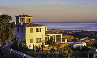 For sale: classical villa with panoramic sea views and guest house in a world class golf resort - Benahavis, Marbella 14177
