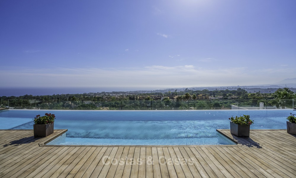 Awesome, super deluxe 5 bed penthouse apartment with panoramic sea views for sale in Sierra Blanca on the Golden Mile, Marbella 14288