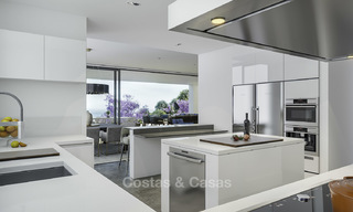 New modern luxury villas with amazing sea views for sale, frontline golf in East Marbella 17404