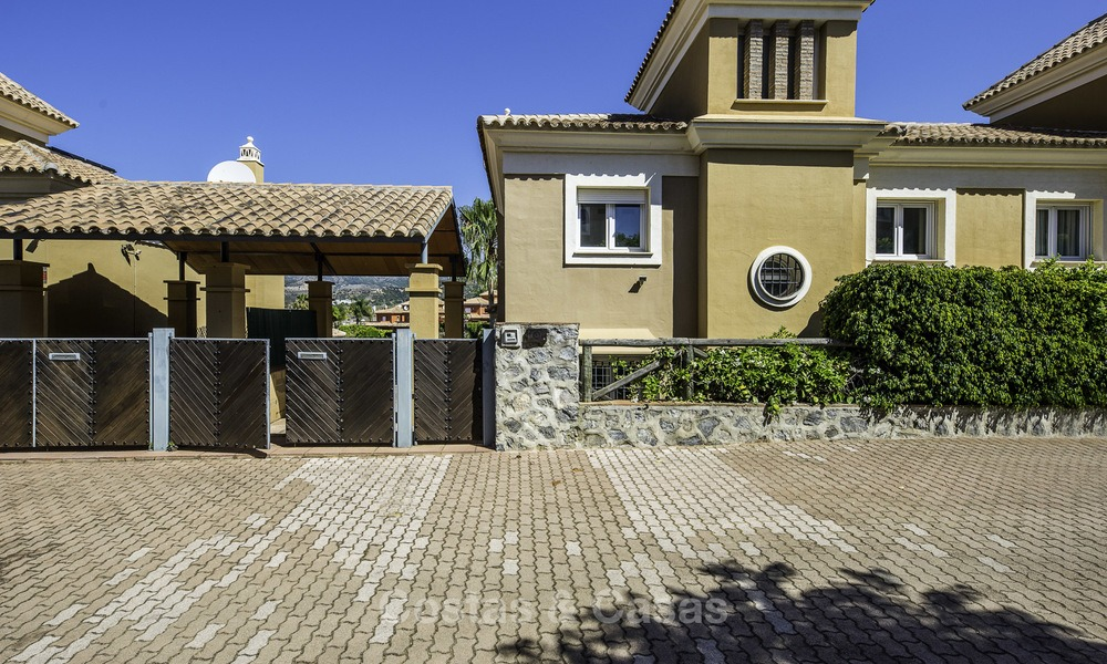 Recently renovated semi-detached house with spectacular views for sale, frontline golf, East Marbella 14693
