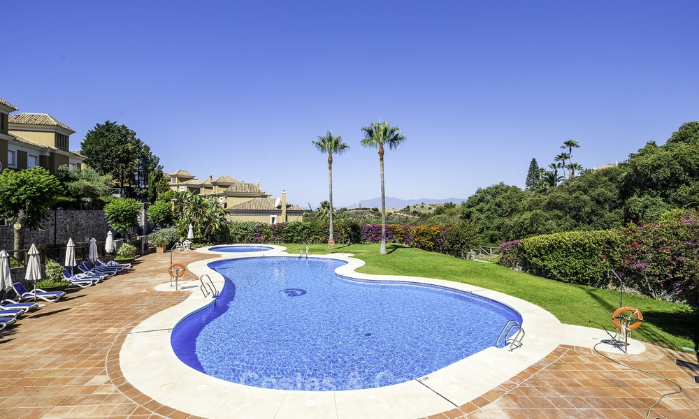 Recently renovated semi-detached house with spectacular views for sale, frontline golf, East Marbella 14694