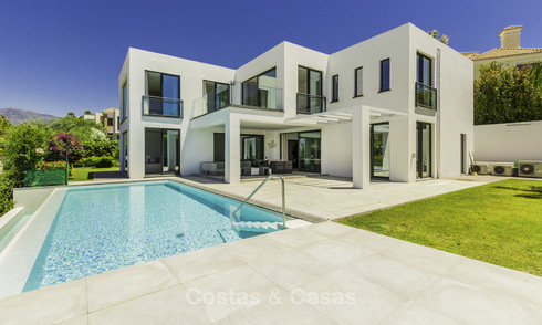 Brand new modern-contemporary luxury villa with sea views for sale, move-in ready, Benahavis - Marbella 14926