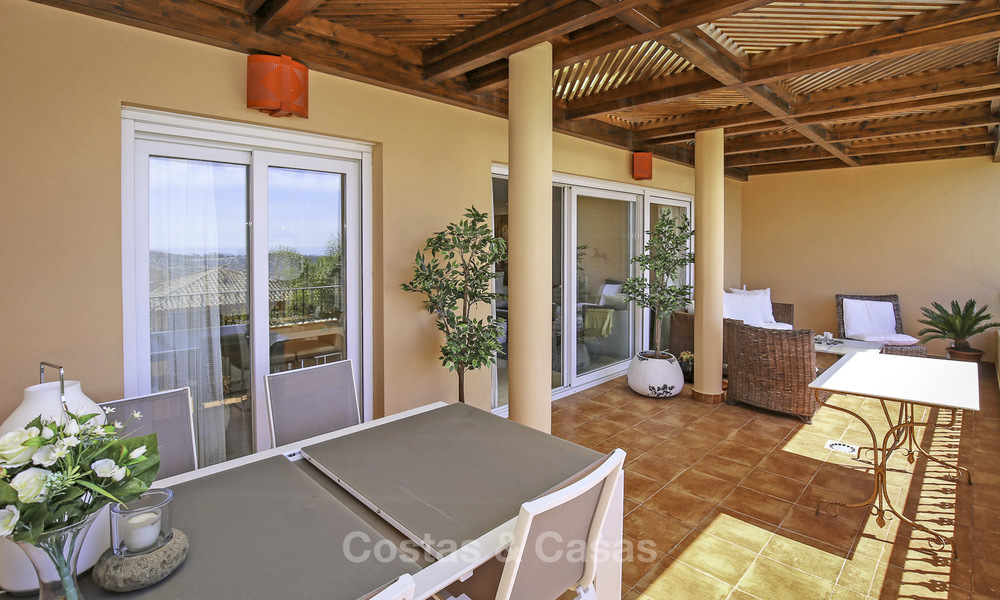 Spacious penthouse apartment with stunning sea views for sale in luxury complex in the Golf Valley, Nueva Andalucia, Marbella 17468