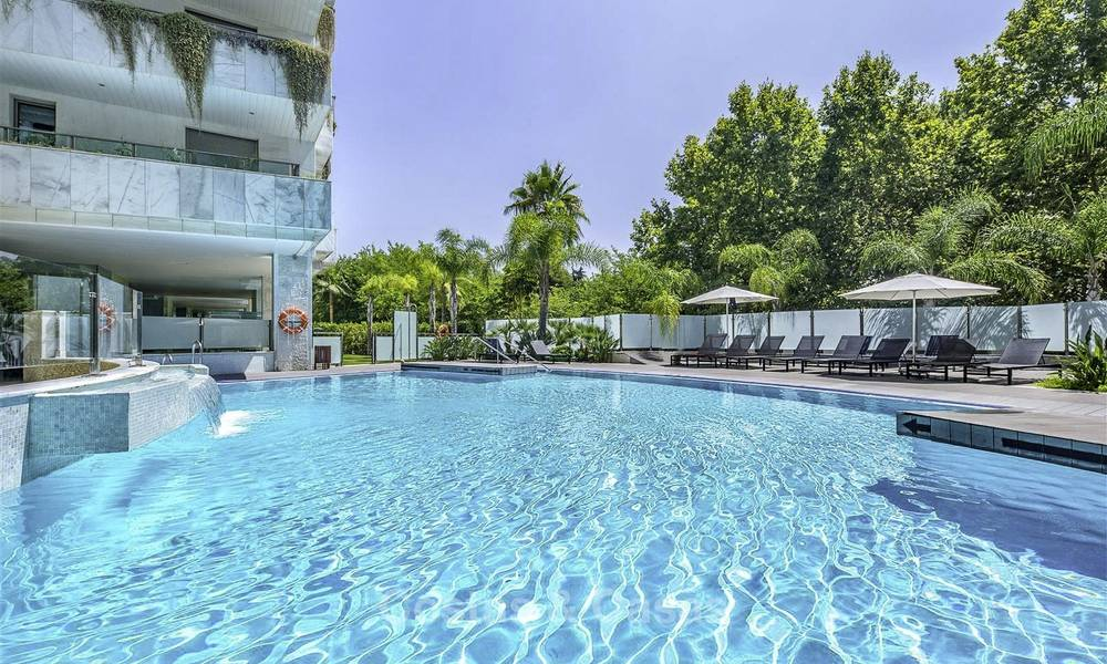 Very spacious modern luxury apartment for sale in a prestigious urbanisation on the Golden Mile, Marbella 15245