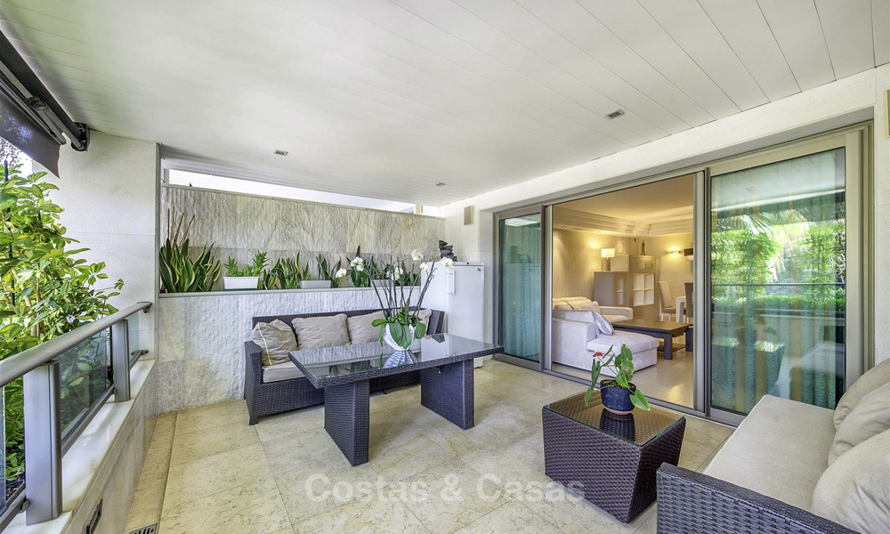 Very spacious modern luxury apartment for sale in a prestigious urbanisation on the Golden Mile, Marbella 15258