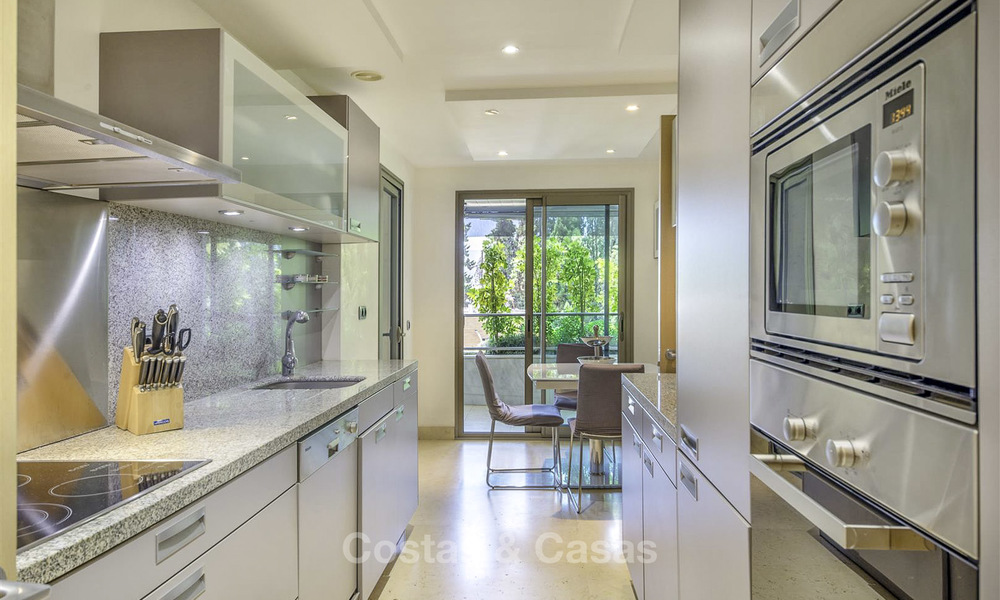 Very spacious modern luxury apartment for sale in a prestigious urbanisation on the Golden Mile, Marbella 15261
