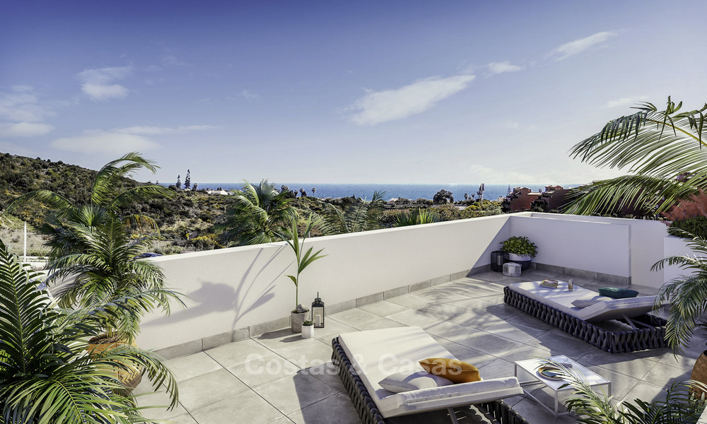New modern apartments with sea views for sale, walking distance to the beach and amenities, Estepona 15371