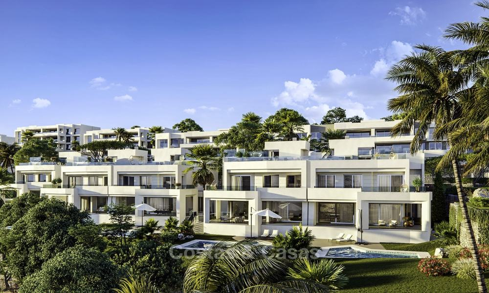 New deluxe frontline golf apartments with outstanding sea and golf views for sale in East Marbella 16778