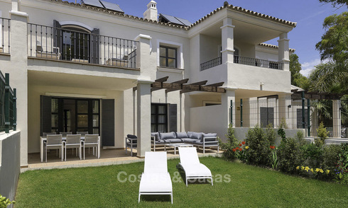 Beach side modern-Mediterranean luxury townhouse for sale, ready to move into, San Pedro, Marbella 15484