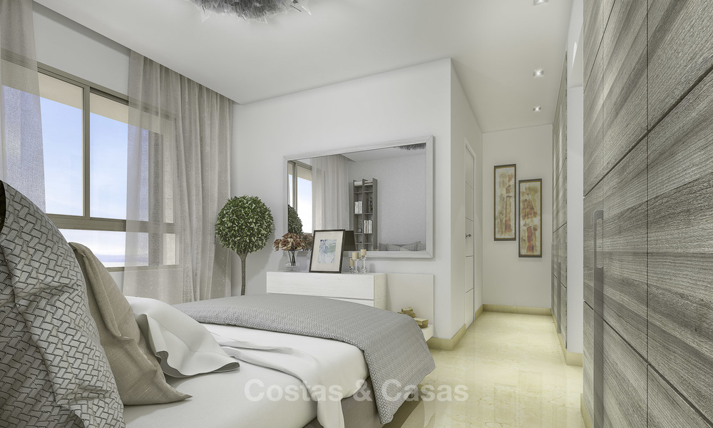 New, move-in ready, modern townhouses for sale on an acclaimed golf resort in Mijas, Costa del Sol. 10% discount! 15649