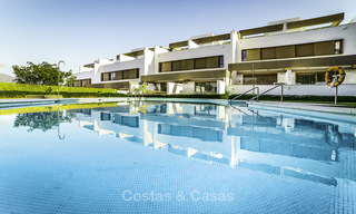 New, move-in ready, modern townhouses for sale on an acclaimed golf resort in Mijas, Costa del Sol. 10% discount! 15672