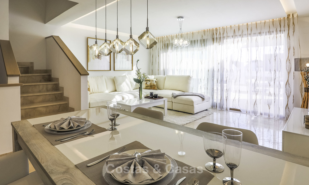 New, move-in ready, modern townhouses for sale on an acclaimed golf resort in Mijas, Costa del Sol. 10% discount! 15674