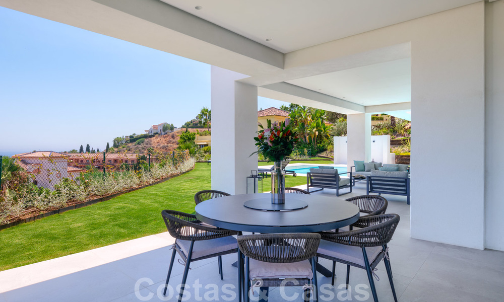 Beautiful contemporary luxury villa with sea and mountain views for sale, Benahavis - Marbella 28042